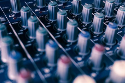 learn how to dj equalising